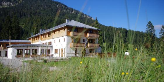 Außenansicht BLSV-Haus BergSee